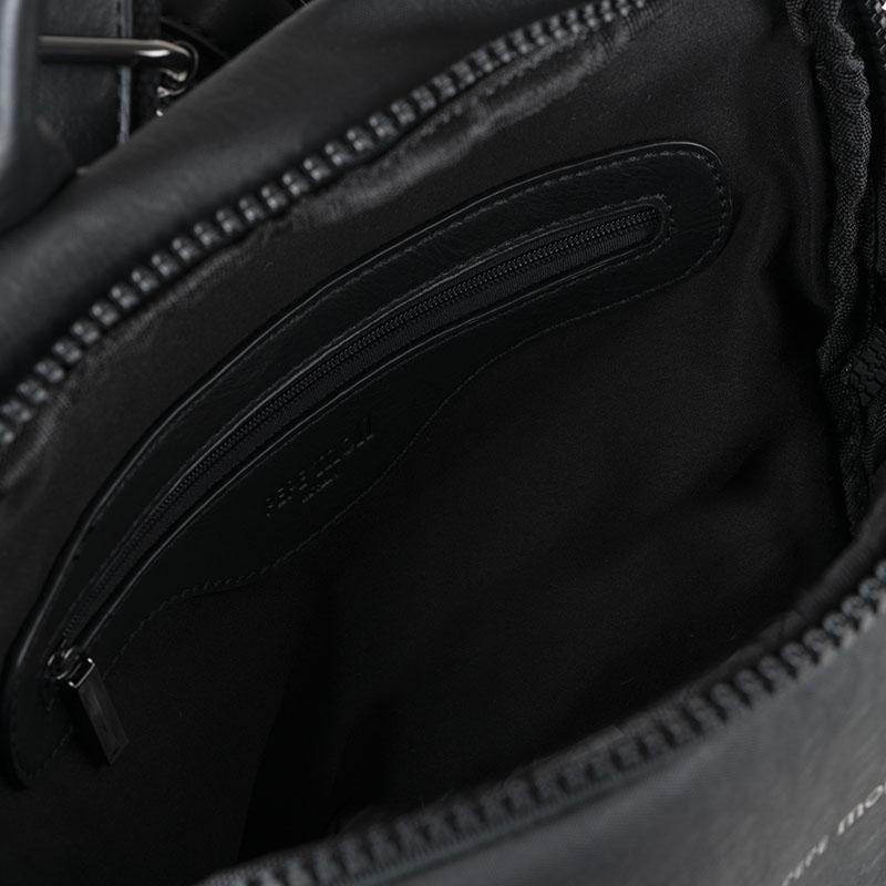 mochila negra h330