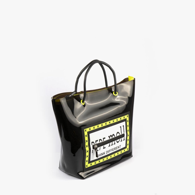 bolso de hombro con vinilo negro pepemoll 26125