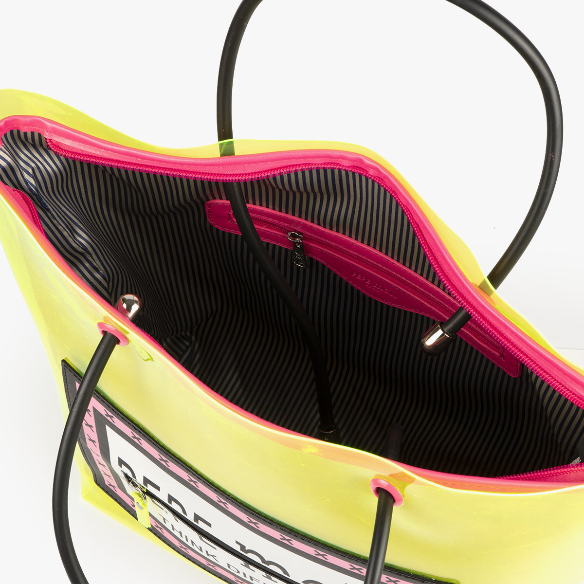 bolso de hombro con vinilo amarillo pepemoll 26125