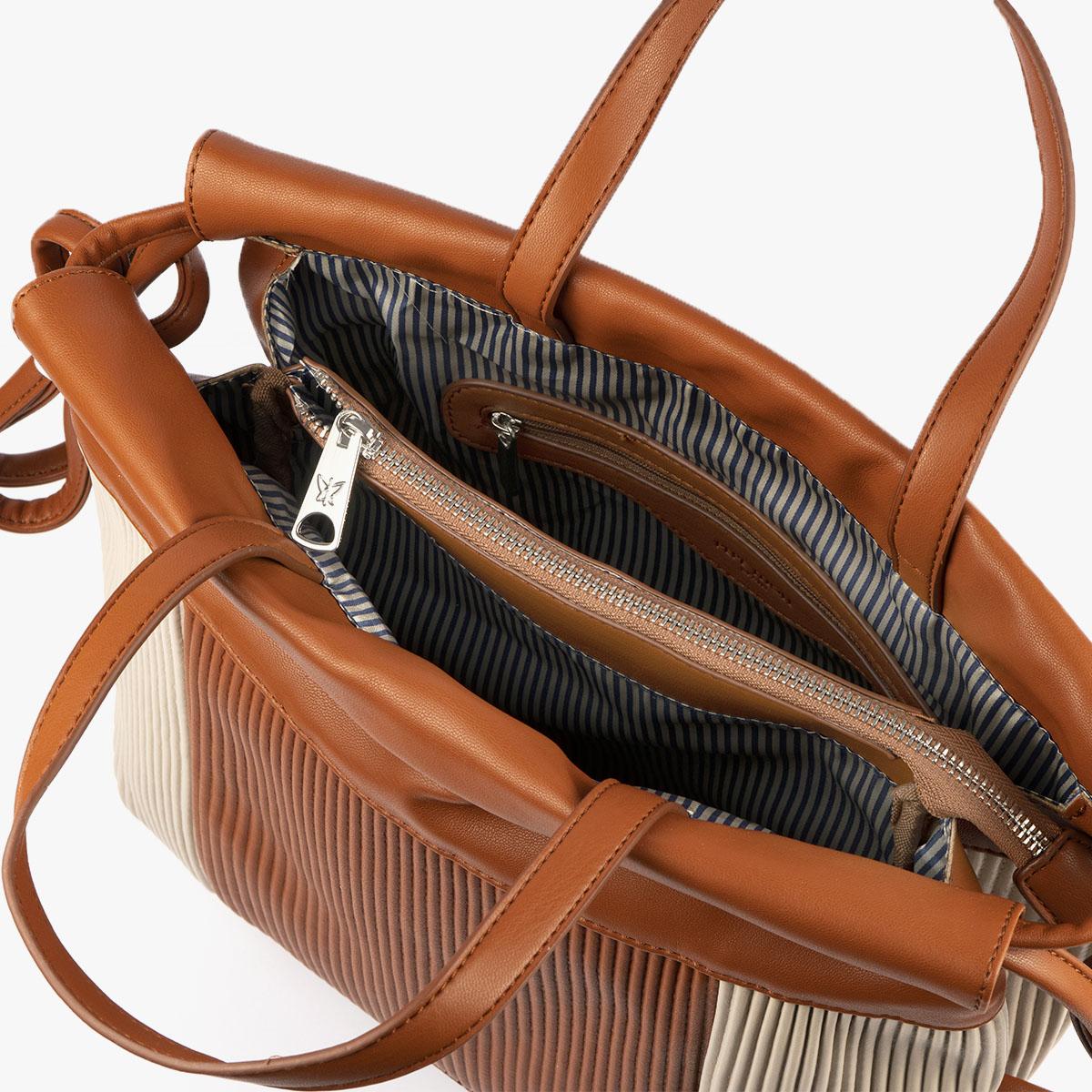 44119 bolso de mochila camel/beige pepemoll