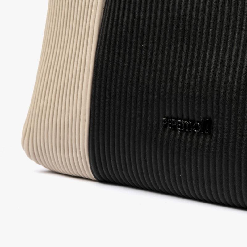 44121 bolso bandolera negro/beige pepemoll detalle