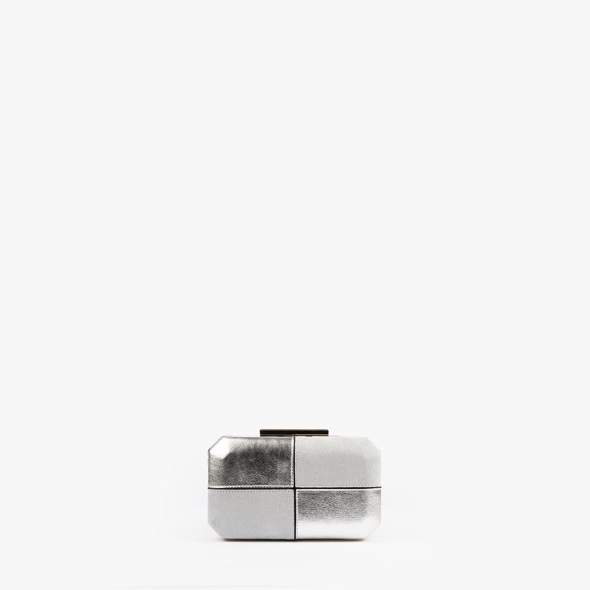 61032 bolso de mano color plata pepemoll