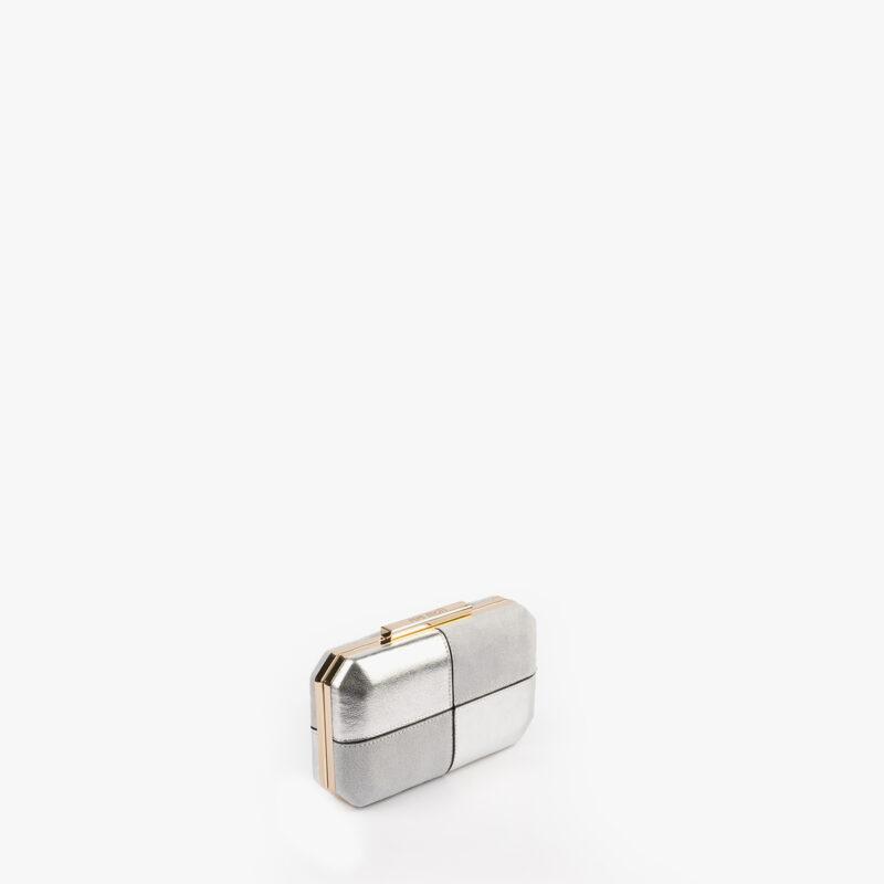 61032 bolso de mano color plata pepemoll perfil