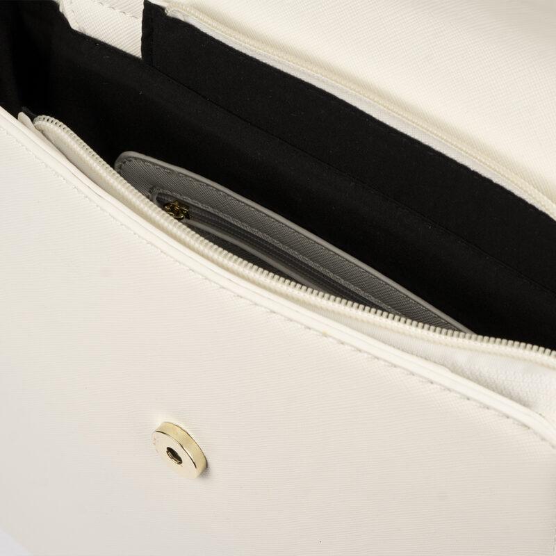 bolso mochila blanco con detalles dorados pepemoll 14125 interior