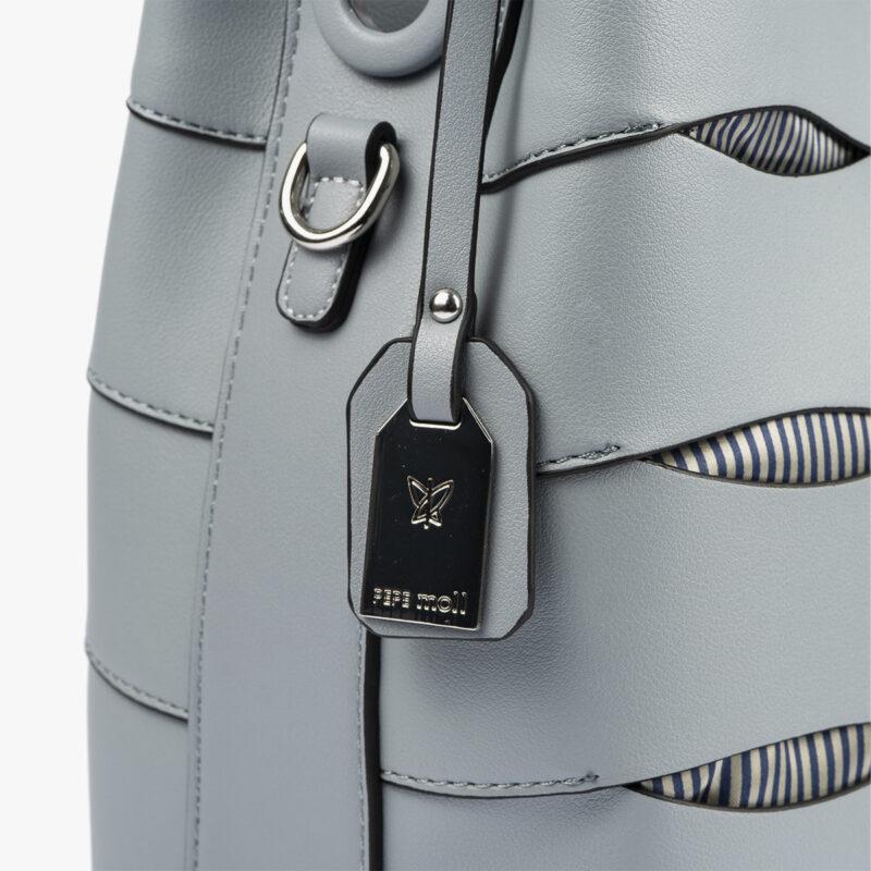bolso de hombro en color azul pepemoll 24120 detalle