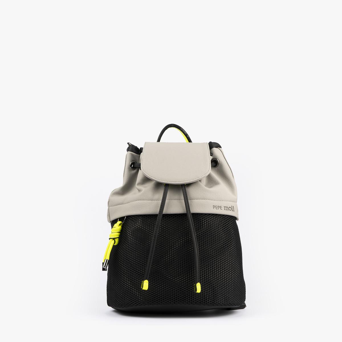 bolso mochila negro con tonos perla y detalles fluorescentes 35119