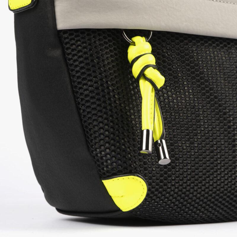 bolso de hombro 35120 negro con detalles verdes pepemoll detalle