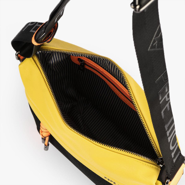 bolso de hombro 35120 negro y amarillo con detalles amarillos pepemoll