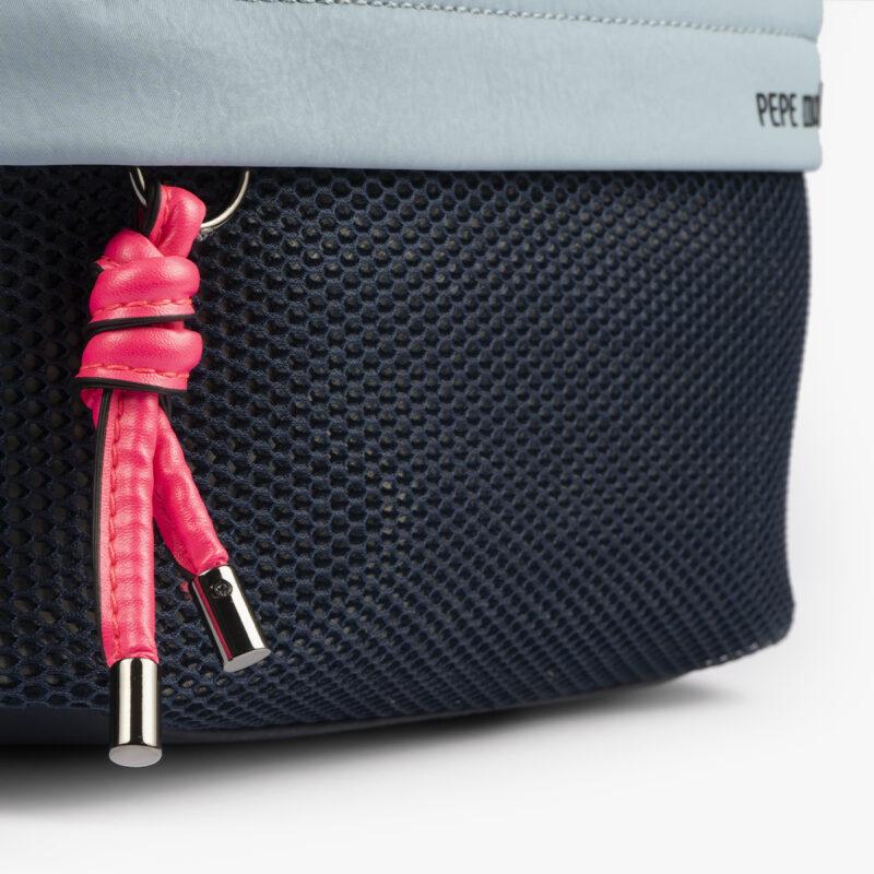 bolso bandolera negra con tonos color azul y detalles fluorescentes 35121 detalle
