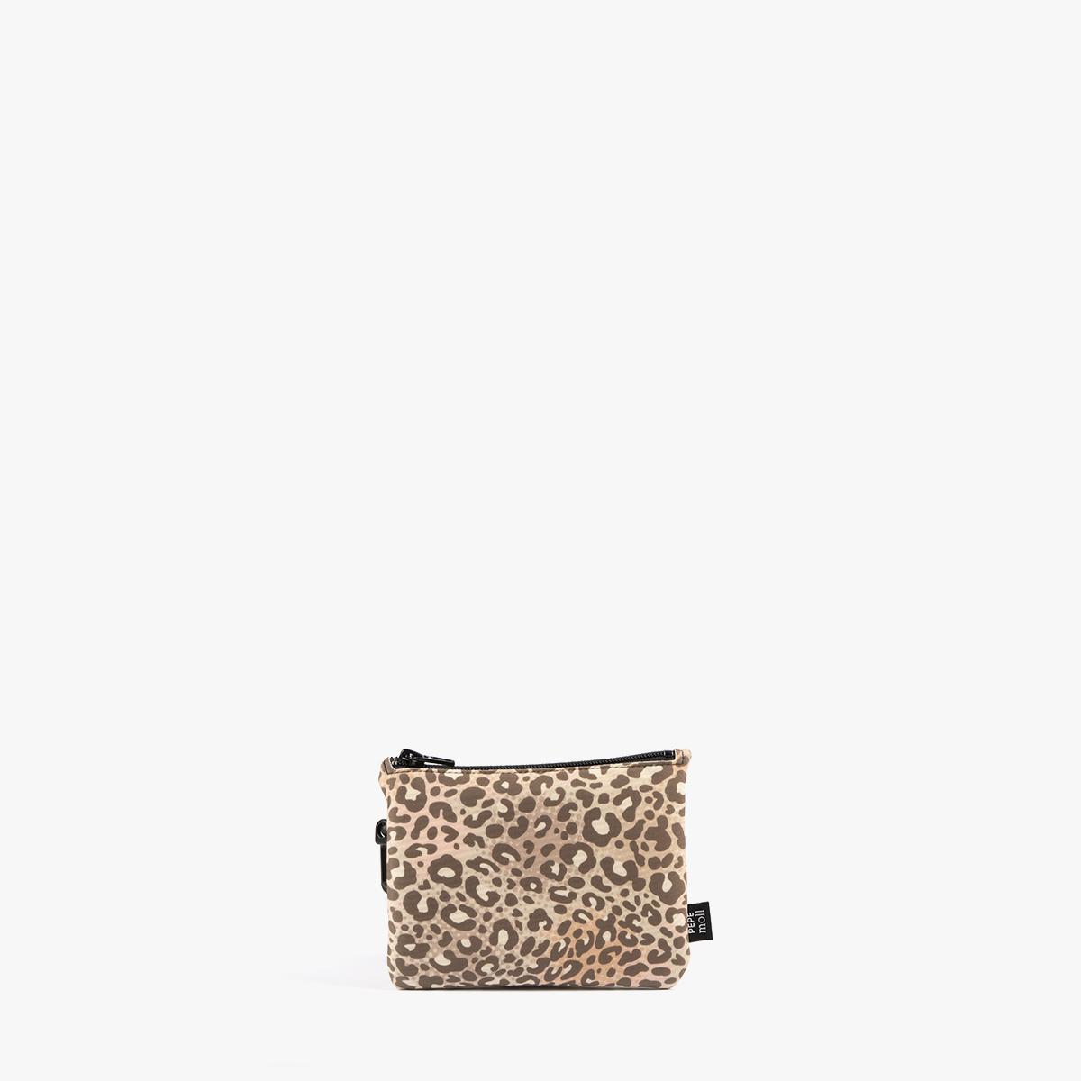 leopardo frontal