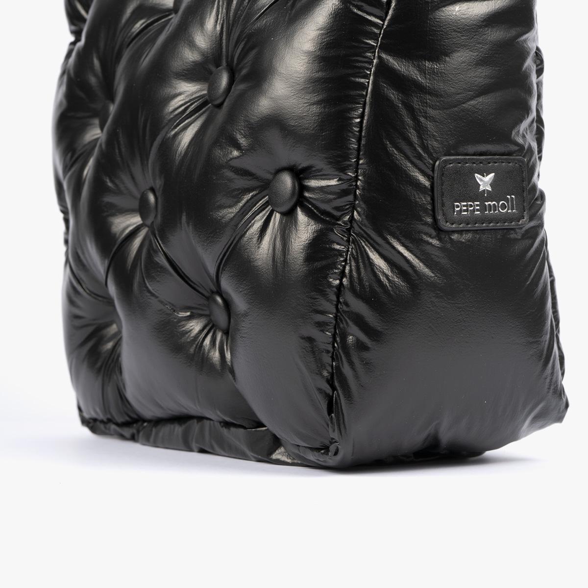 19005 chester negro detalle