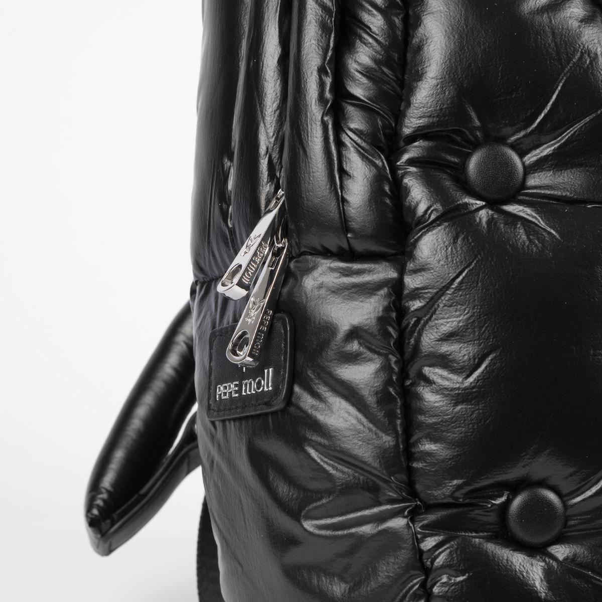 19007 chester negro detalle